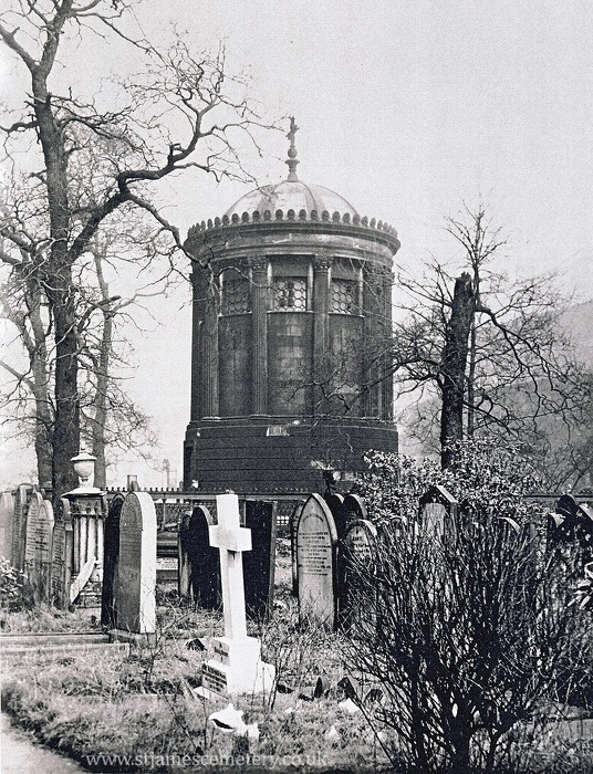 Huskisson Monument, 1942 - huskisson-memorial-1942.jpg